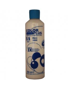 Bouteille contenant 250ml de colorant ColorPlus Blanc.